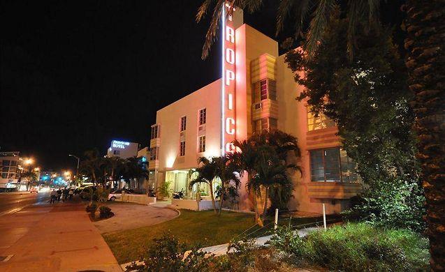 Tropics Hotel Miami Beach 2 Star Accommodation In The Heart Of